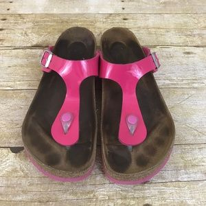 Birkenstock Gizeh Thong Sandals Patent Hot Pink
